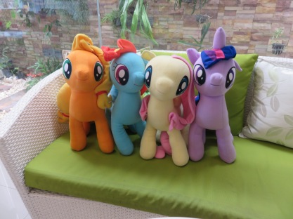 MLP in a cafe